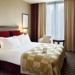 Crowne Plaza PARIS-RPUBLIQUE Pars 11. Arr. -> Bastille