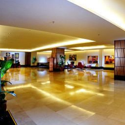 Hall Riverside Majestic Hotel Fotos