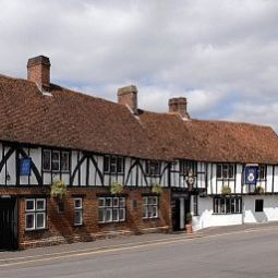 Legacy Rose And Crown Salisbury