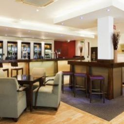 Bar Holiday Inn AYLESBURY Fotos