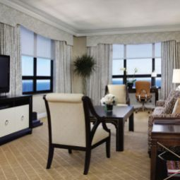 Suite a Four Seasons Hotel RitzCarlton Fotos