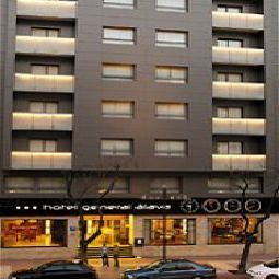 Vista esterna AC Hotel General Alava by Marriott Fotos