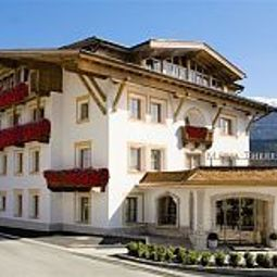 Maria Theresia Hall Tirol