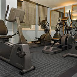 Fitness room NH Harrington Hall Fotos