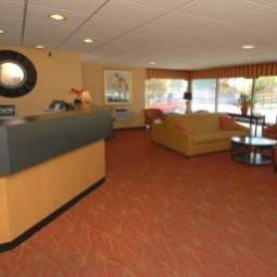 Vue extrieure Days Inn Hotel University Ave SE Fotos