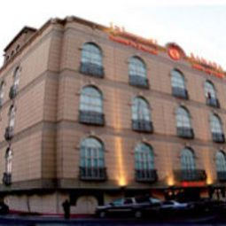 Hotelfotos Ramada Hotel and Suites
