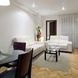Suites Mendebaldea Aparthotel Pamplona 