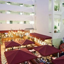 Breakfast room within restaurant ibis Lodz Centrum Fotos