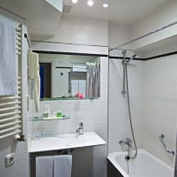 Badezimmer Avenida Fotos