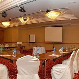 Conference room Grand Continental Flamingo Hotel Abu Dhabi TOP Fotos