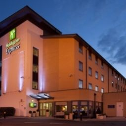 JCT.16 Holiday Inn Express SWINDON - WEST M4 Swindon West