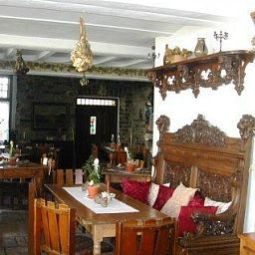 Breakfast room within restaurant Burg Adenbach Fotos