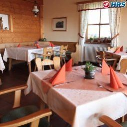 Breakfast room within restaurant Sonnenalm Panorama-, Natur- und Wellnesshotel Fotos