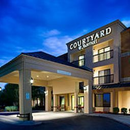 Courtyard Wichita East Wichita