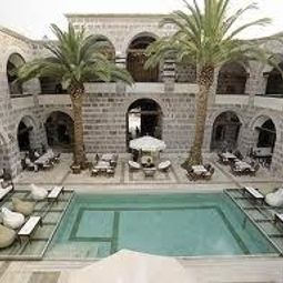 Kanuni Kervansaray Historical Hotel Cesme 