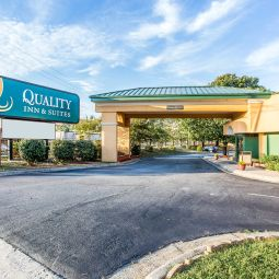 Quality Inn & Suites Coliseum Greensboro