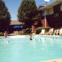 Pool Settle Inn & Suites O'Fallon I Fotos