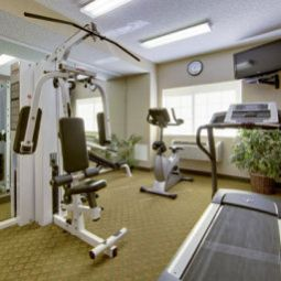 Wellness/Fitness Comfort Suites Airport Fotos