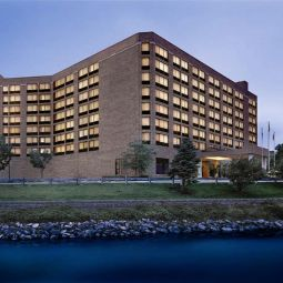 Wyndham Lisle-Chicago Hotel & Executive Meeting Center Lisle