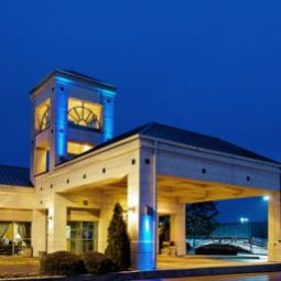 Holiday Inn Express Hotel & Suites HUNTSVILLE-UNIVERSITY DRIVE Huntsville