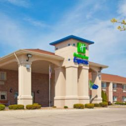 Holiday Inn Express LINCOLN(11TH & CORNHUSKER HWY) Lincoln