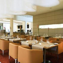 Salle du petit-djeuner situe dans le restaurant Novotel Muenchen City Fotos