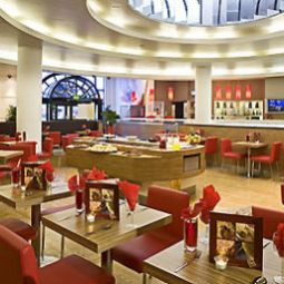 Breakfast room within restaurant ibis Birmingham City Centre Fotos