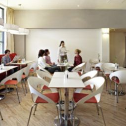 Breakfast room within restaurant ibis London Stratford Fotos