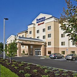 Fairfield Inn & Suites Bismarck North Бисмарк