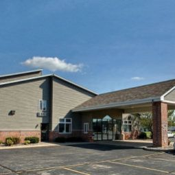 Econo Lodge  Inn & Suites Green Bay Green Bay