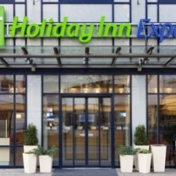 Außenansicht Holiday Inn Express BERLIN CITY CENTRE Fotos
