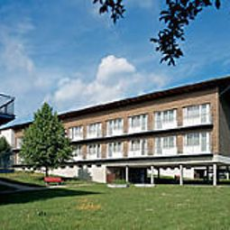 Exterior view Seminarhotel Sempachersee Swiss Quality Fotos