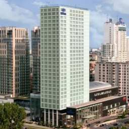 Vista exterior Hilton Warsaw Hotel & Convention Centre Fotos