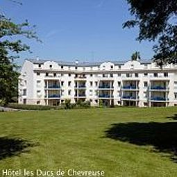 Vue extrieure Ducs de Chevreuse Residence Hotel Fotos