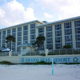 Grand Seas Resort Dayton