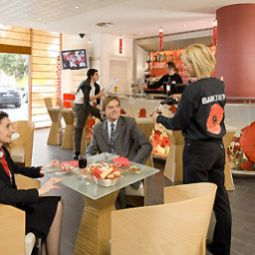 Bar ibis Barcelona Aeropuerto Viladecans Fotos