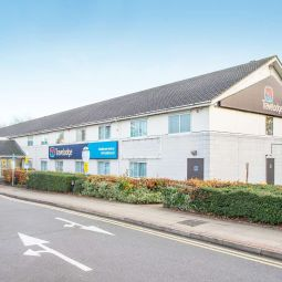 TRAVELODGE HEATHROW HESTON M4 EAST Hounslow