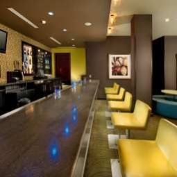 Bar DoubleTree by Hilton Chattanooga Fotos