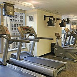 Fitness room The Premier Times Square Fotos