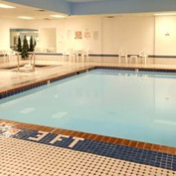Wellness/Fitness Baymont Inn and Suites Des Moines North Fotos