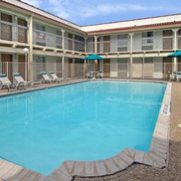 Wellness/Fitness Baymont Inn And Suites Austin Highland Mall Fotos