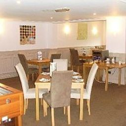 Breakfast room within restaurant Days Inn Charnock Richard Welcome Break Service Area Fotos