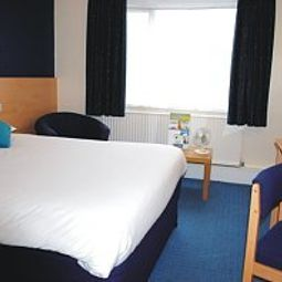 Room Days Inn Charnock Richard Welcome Break Service Area Fotos