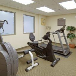 Sala fitness Hampton Inn by Hilton TorontoMississauga West Fotos