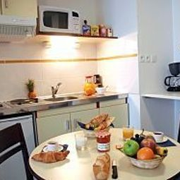 Kitchen Appart City Nantes Cit des Congrs Residence Hoteliere Fotos