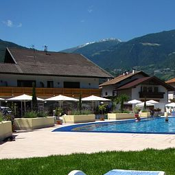  Schlosshof Resort Hotel & Camping Fotos