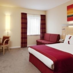  Holiday Inn Express REDDITCH Fotos