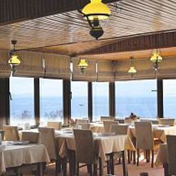 Breakfast room within restaurant Grand Liza Fotos