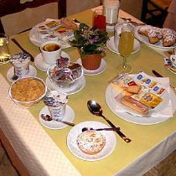 Breakfast room within restaurant Toscana Fotos