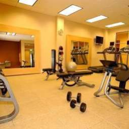 Sala spa/fitness DoubleTree by Hilton Greensboro Fotos